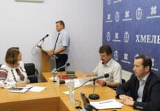 На Хмельниччині вже зареєстровано 46 випадків штаму COVID-19 «Дельта»