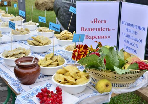 На Шепетівщині громада встановила власний кулінарний рекорд