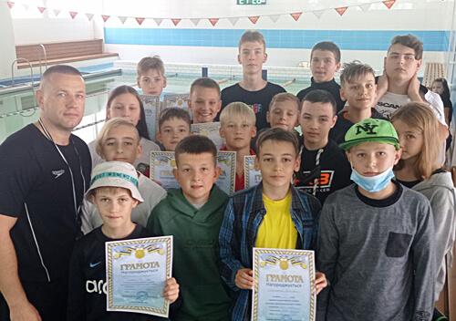 Вихованці Нетішинської спортшколи вибороли призові місця у змаганнях з плавання