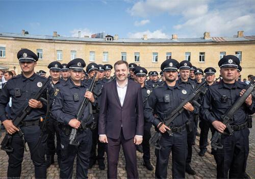 МВС вимагатиме у держбюджеті підвищення заробітної плати поліцейським