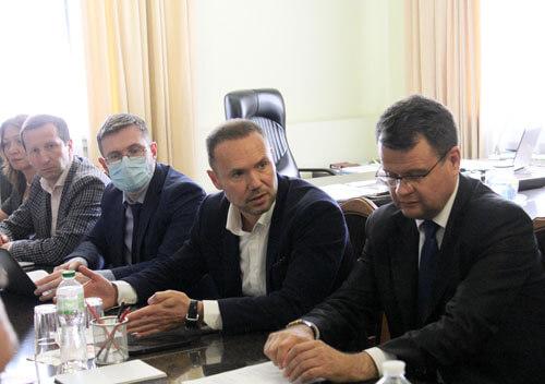 Через резонансний випадок на Хмельниччину приїхав Міністр освіти і науки України