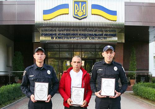 На Хмельниччині брати-полісмени отримали «Срібний щит» за порятунок потерпілих у ДТП
