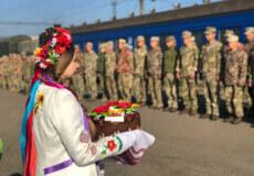 У Шепетівку повернулися військовослужбовці-зенітники
