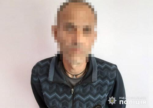 На Шепетівщині чоловік налякав серійника з 30-річним кримінальним стажем