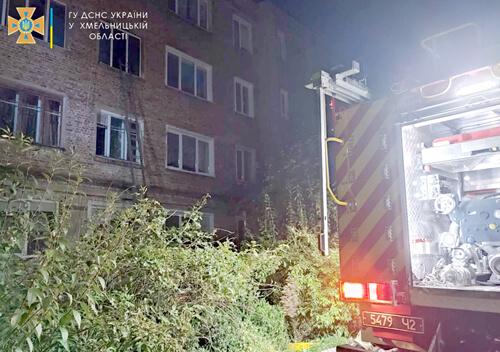 Ізяславські пожежники врятували 70-річну жінку