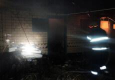 У Полонному згоріла літня кухня