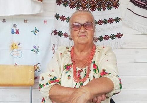 За кордоном зупинилося серце членкині літературної студії Шепетівки
